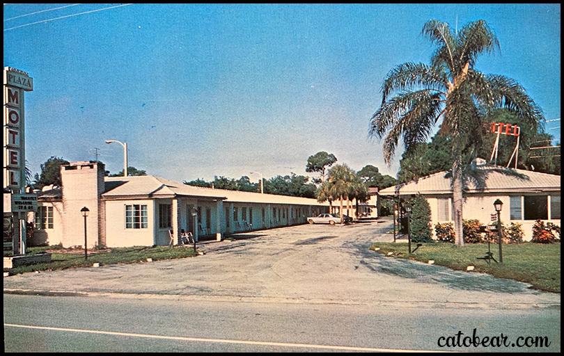 Plaza Motel