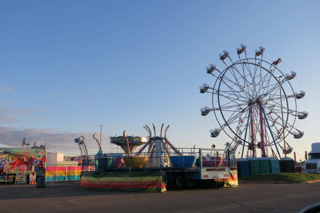 signs of spring carnival